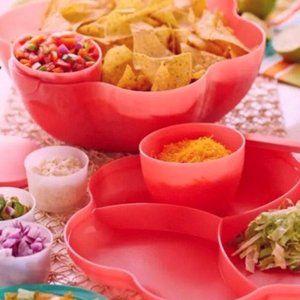 Tupperware Chip n Dip 6 Piece Set RED